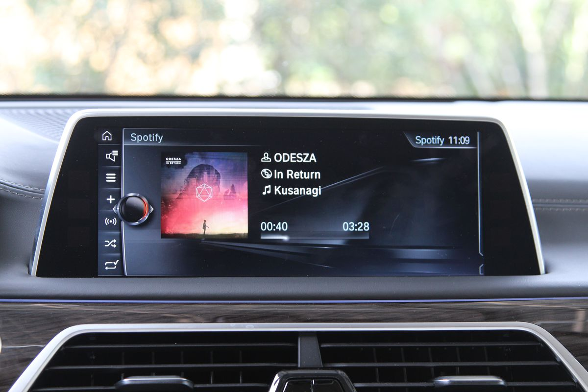 BMW's cars get support for Spotify, Pandora, and iHeartRadio