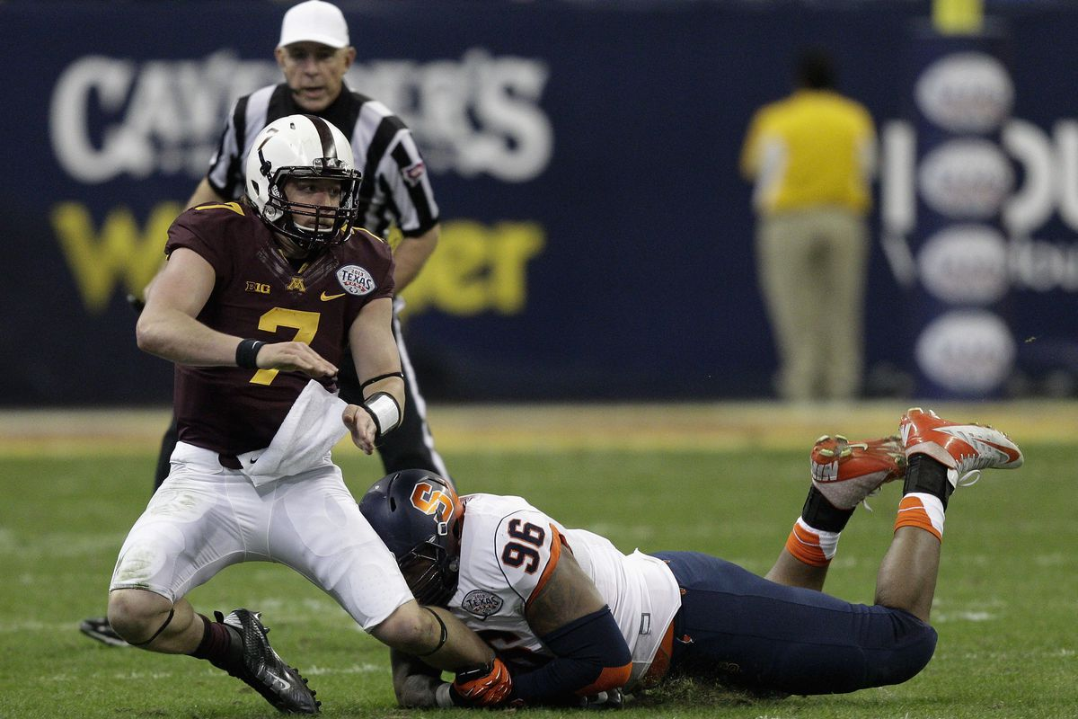This hit is now illegal.  Thanks NCAA!