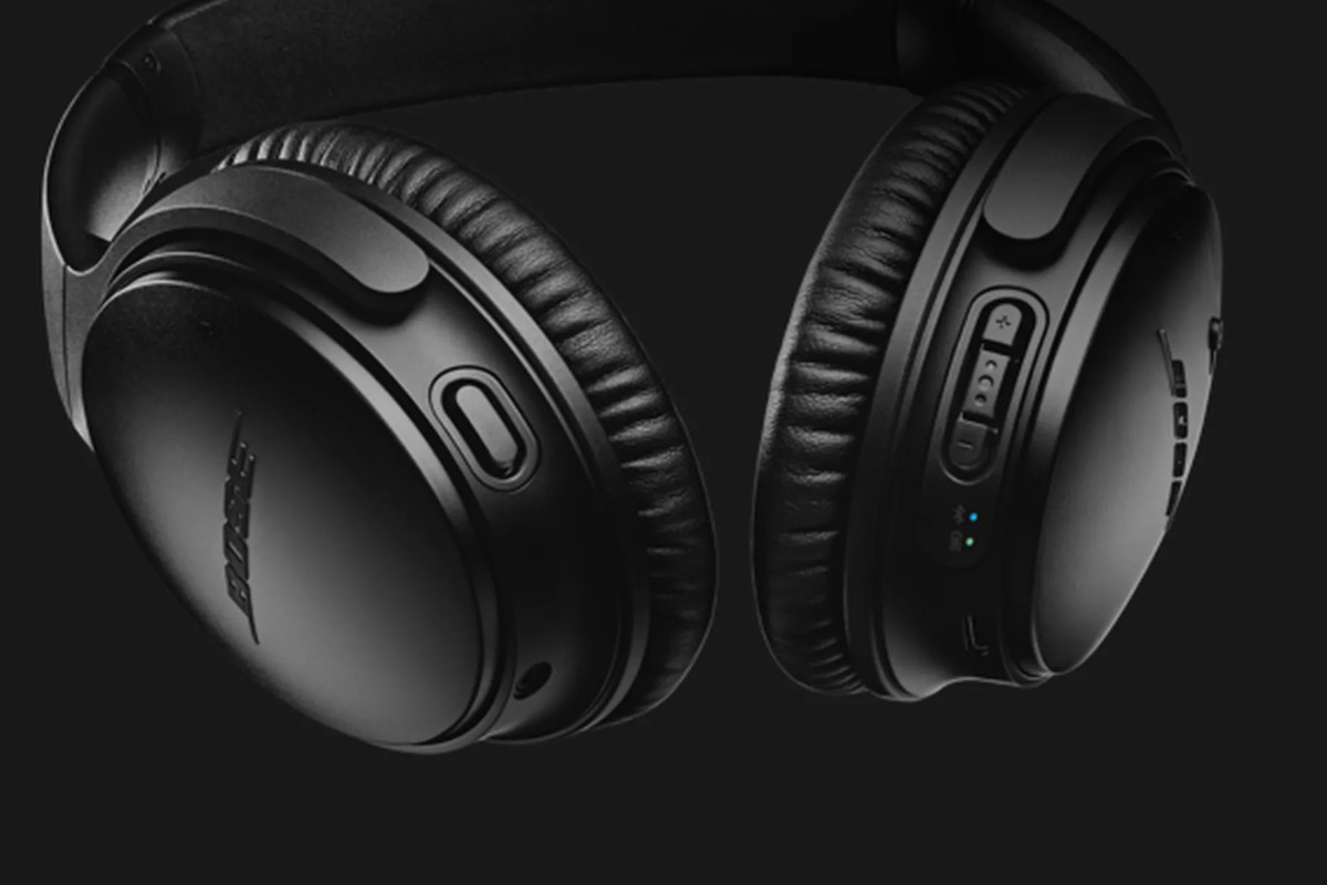 bose noise cancelling headphones 35. bose is getting very close to announcing a second-generation model of its popular quiet comfort 35 noise-canceling headphones. in early august, the verge noise cancelling headphones