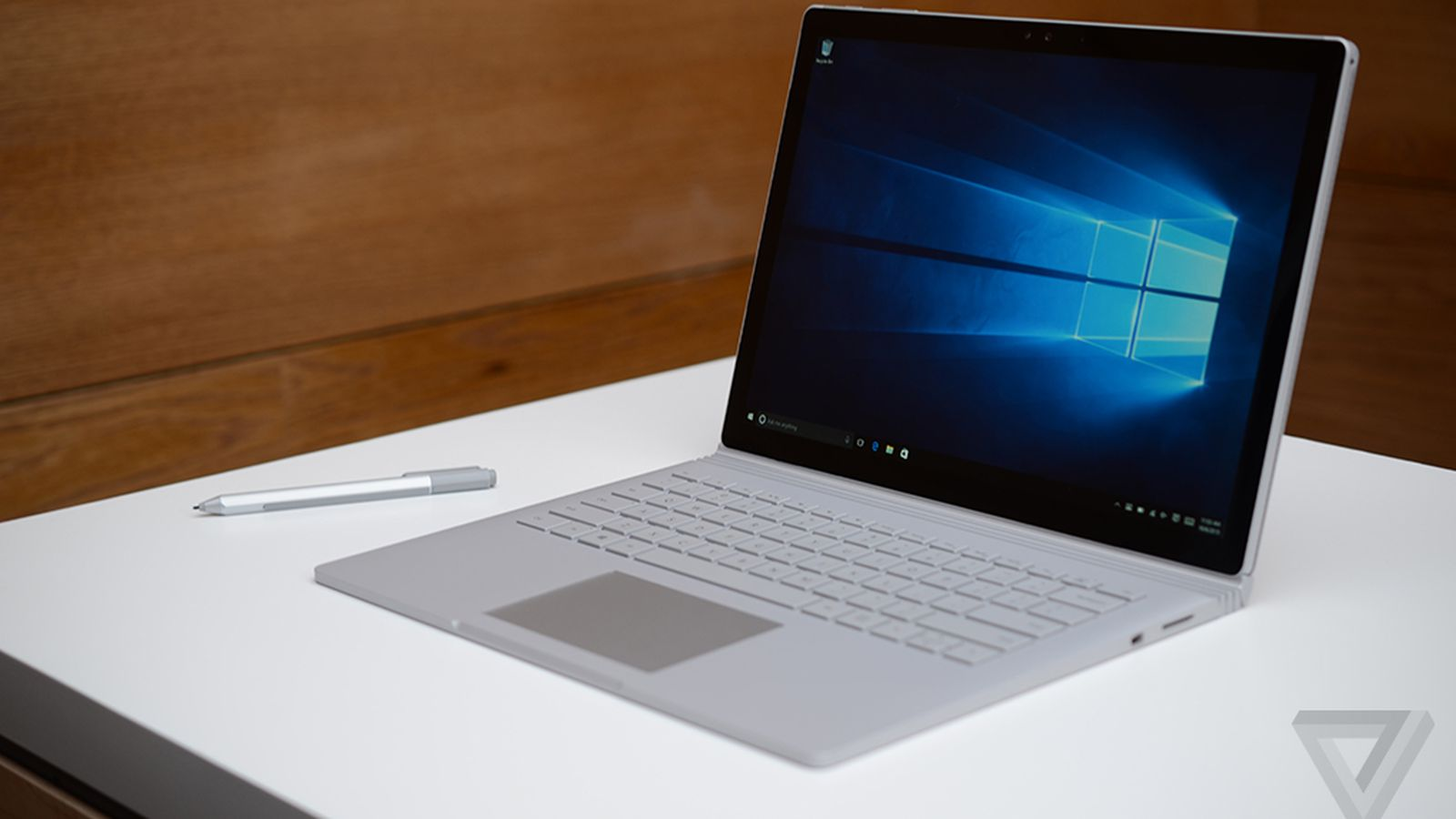 a closer look at microsoft 39 s new surface book laptop the verge. Black Bedroom Furniture Sets. Home Design Ideas