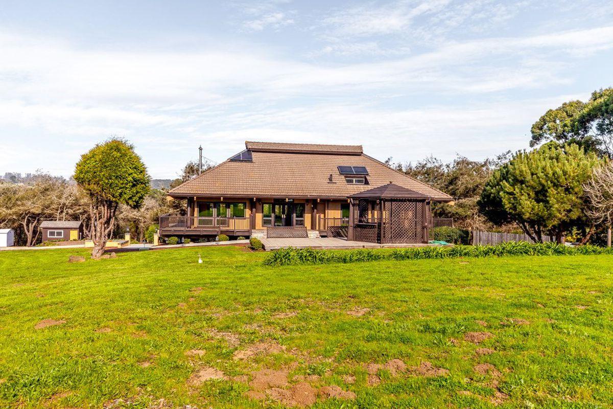 Japanese style farmhouse in Watsonville.
