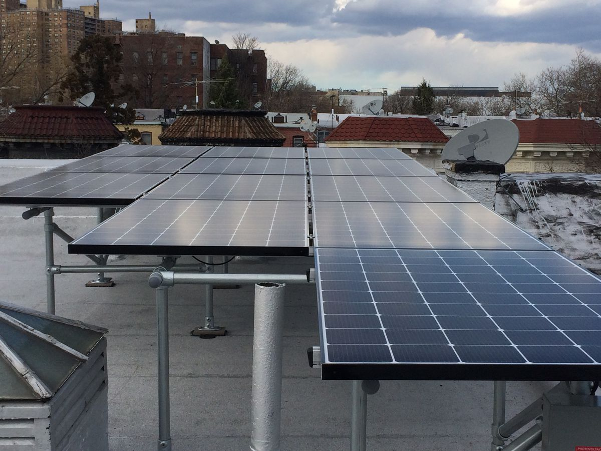 How To Install Solar Panels On The Roof Of Your Home Curbed