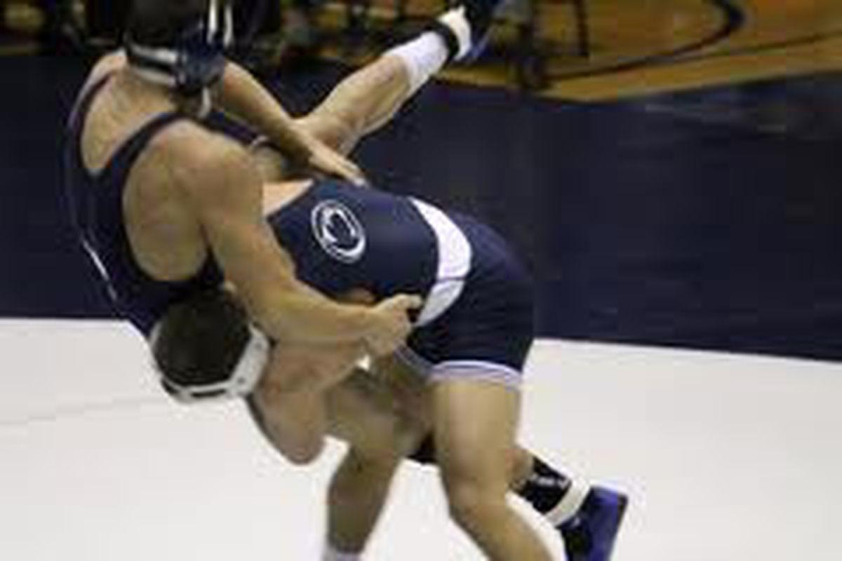 Dylan Alton With a Takedown