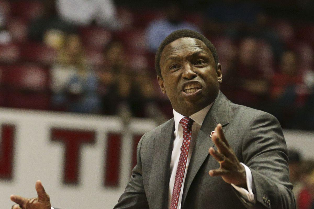 NCAA Basketball: Coastal Carolina at Alabama