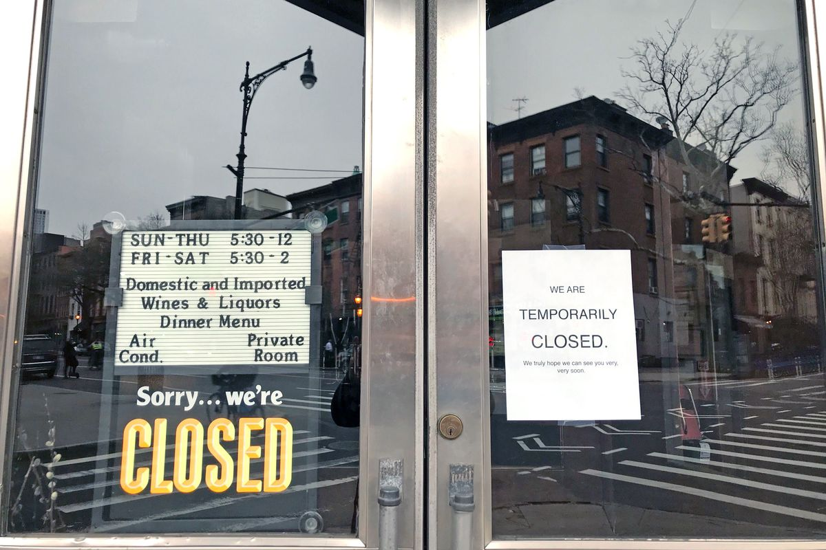 The Long Island Bar in Cobble Hill announces its voluntarily closing during the coronavirus outbreak.