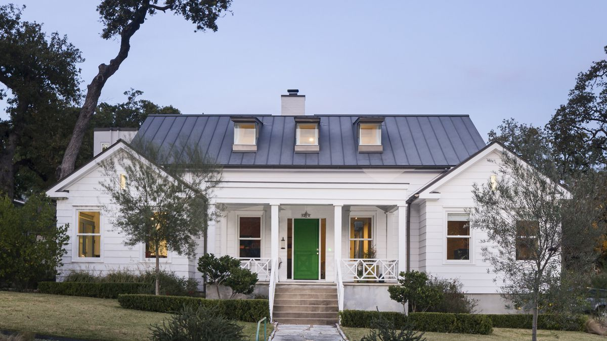 Big Modern Farmhouse Exterior