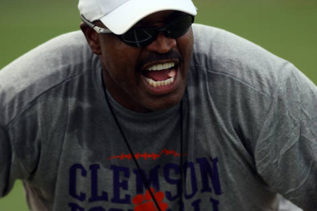 Charlie Harbison Set To Join Auburn As Secondary Coach