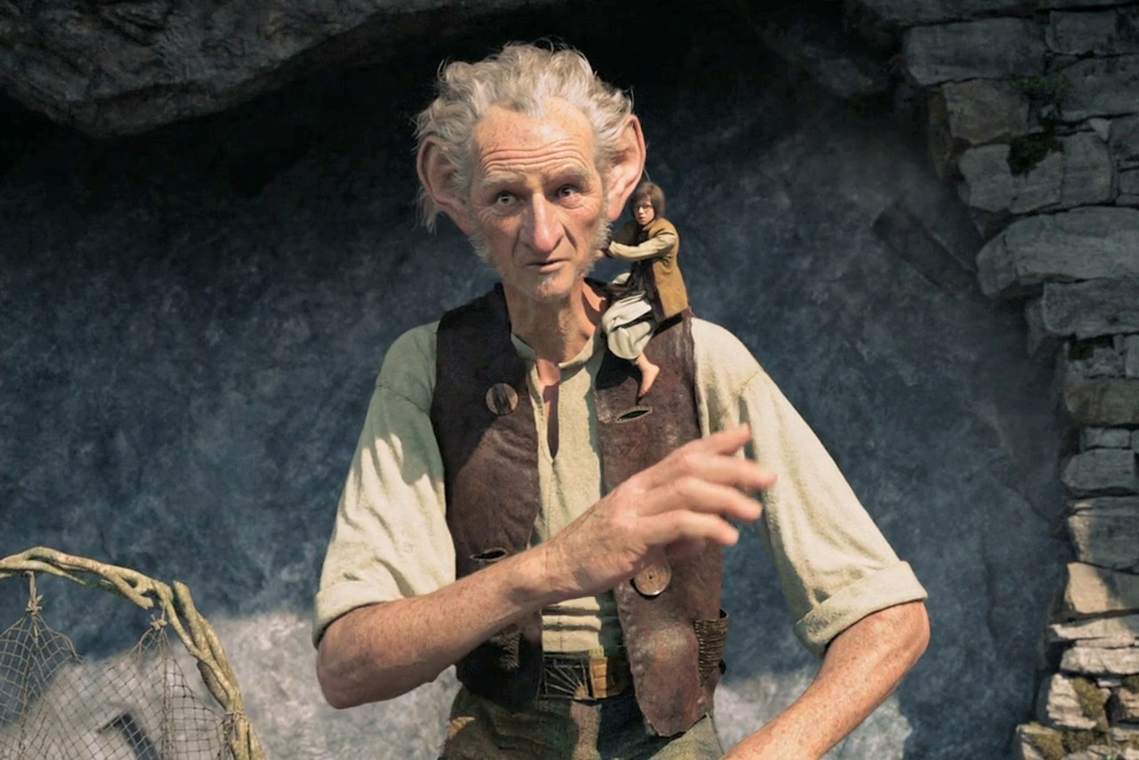 The Bfg Review Steven Spielberg S Take On Roald Dahl Is All Treacle