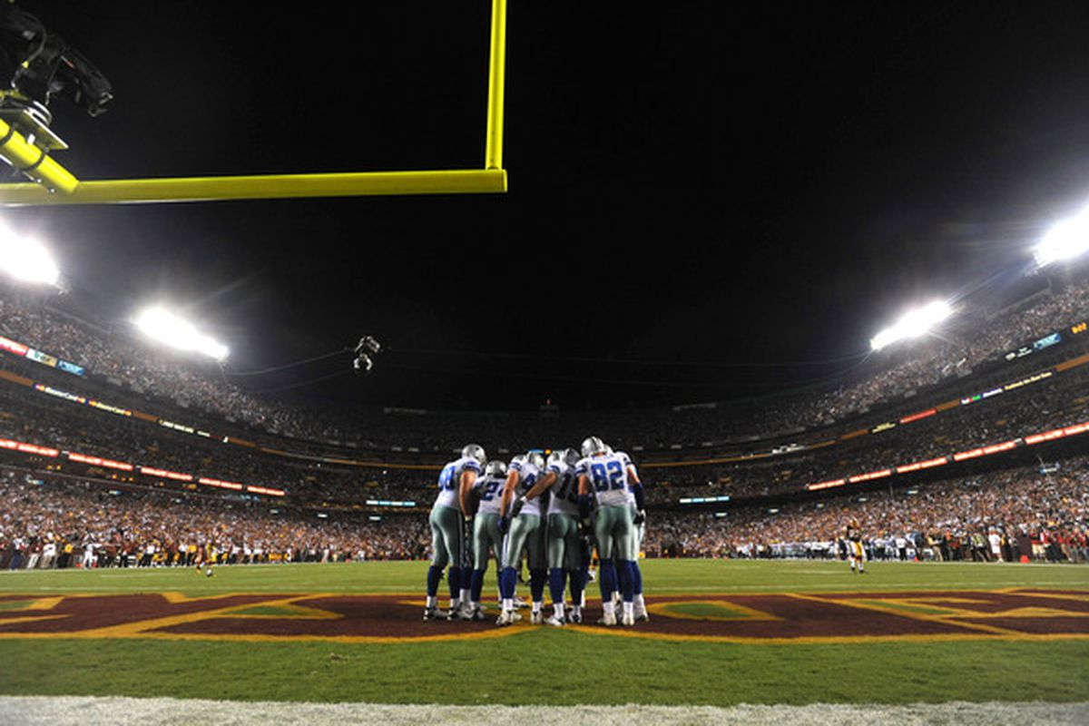 Could we see fewer Cowboys huddles in 2011?