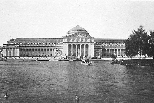 The Palace of Fine Arts was constructed for the 1893 World's Fair. The building is now home to the Museum of Science and Industry. | American Memory Project, Library of Congress