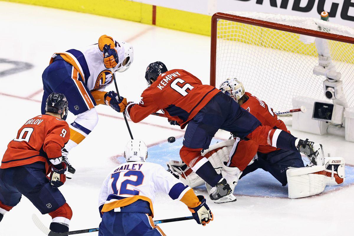 Washington Capitals v New York Islanders - Game One