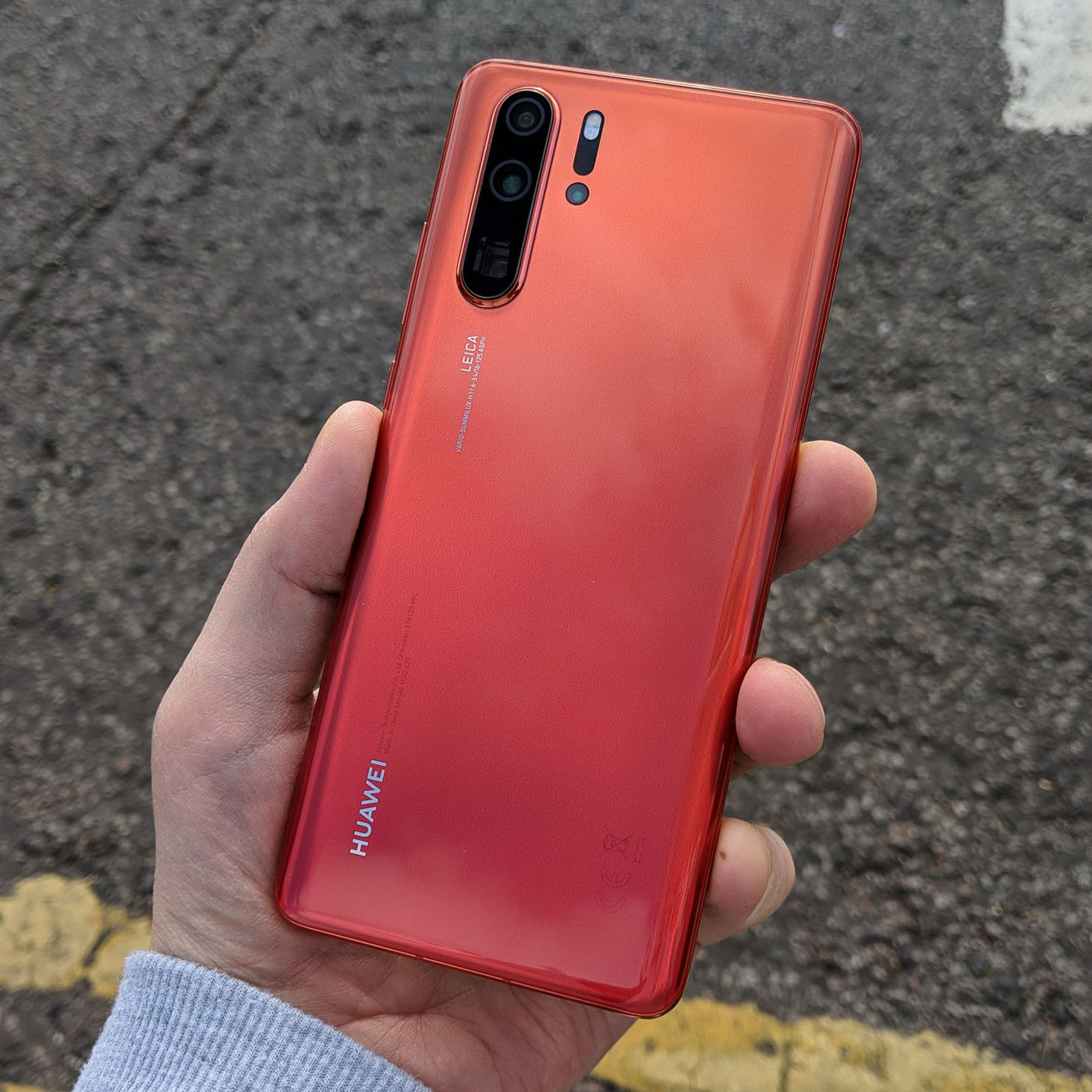 Huawei's P30 Pro raises the bar for low-light photography - The Verge