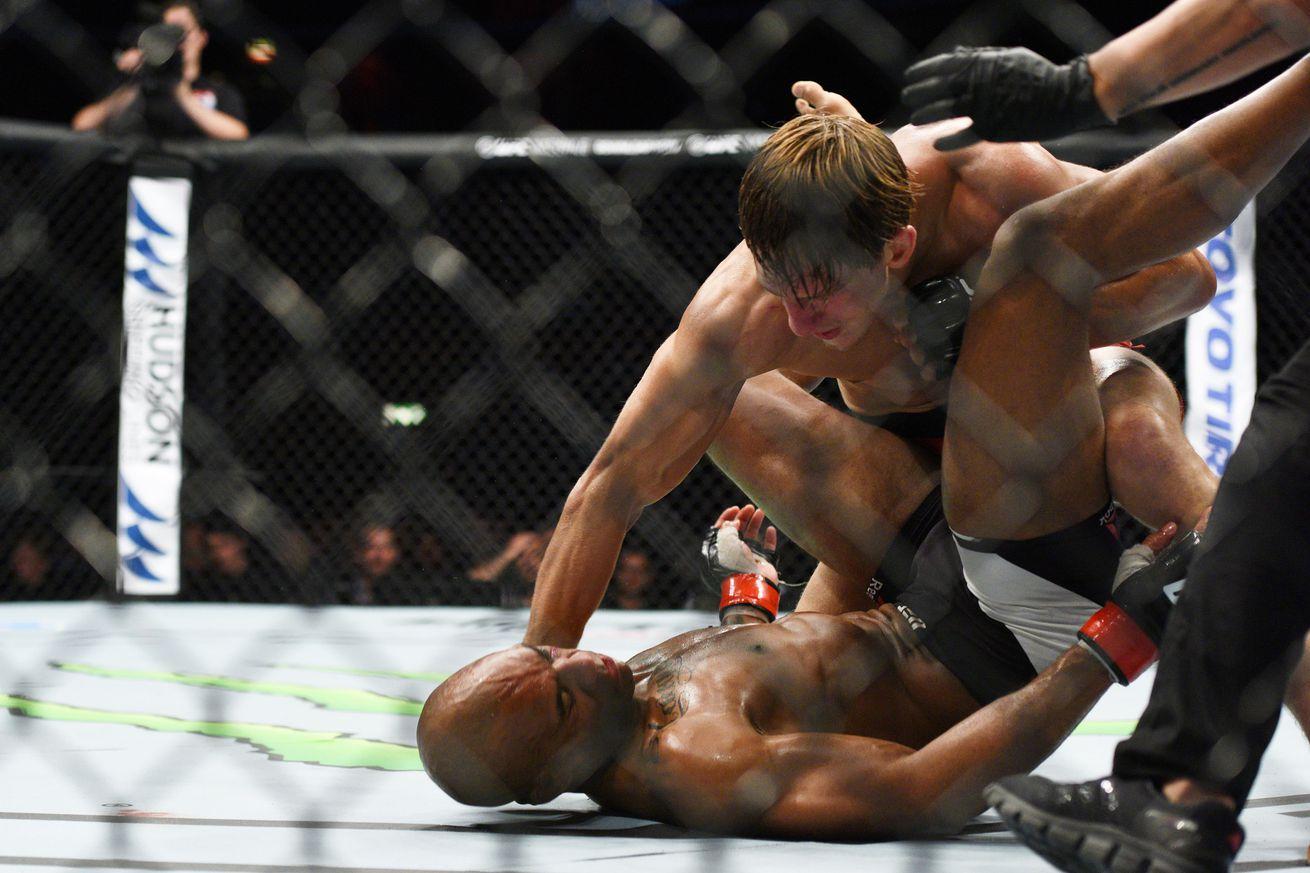 UFC Fight Night 109 bonuses: Bojan Velickovic, Damir Hadzovic earn extra $50,000 for comeback wins