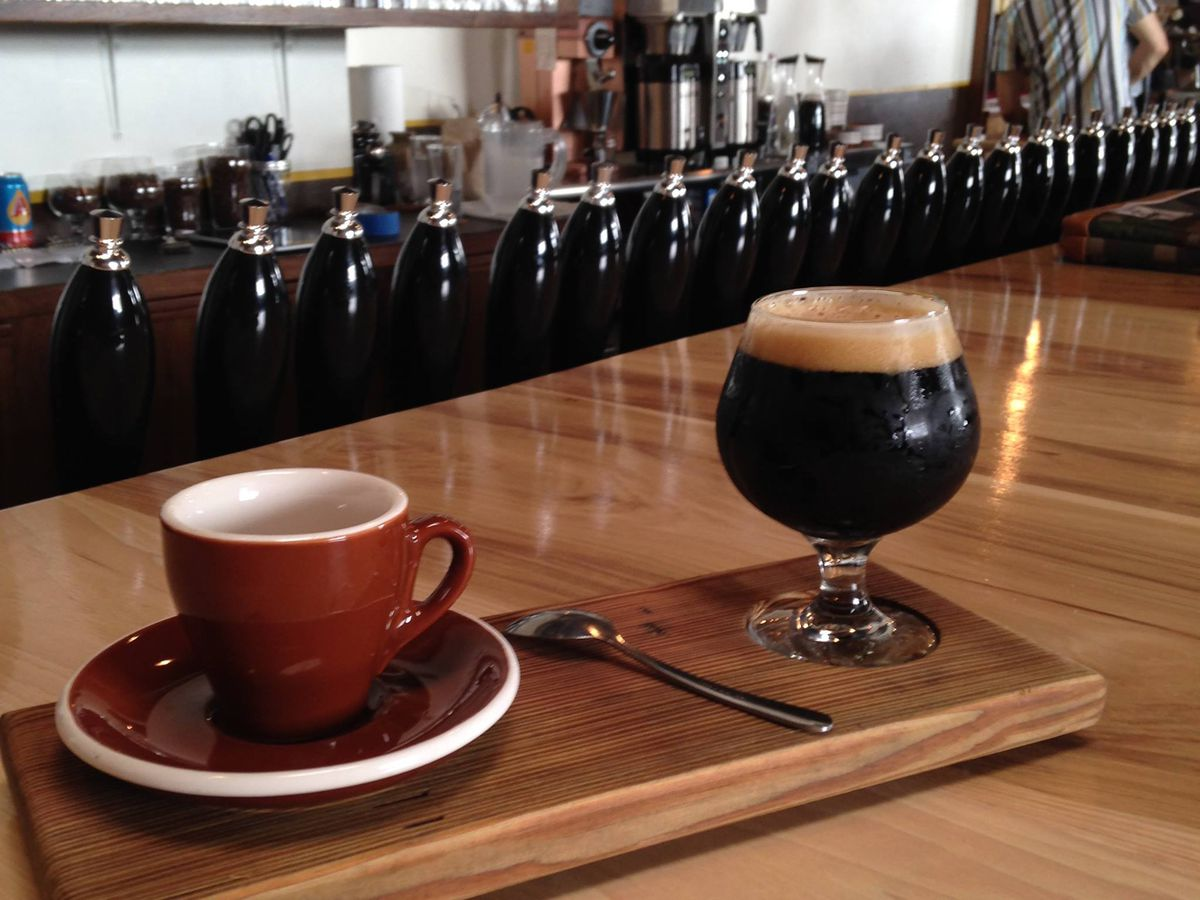 Both kinds of brew at Wright Bros.