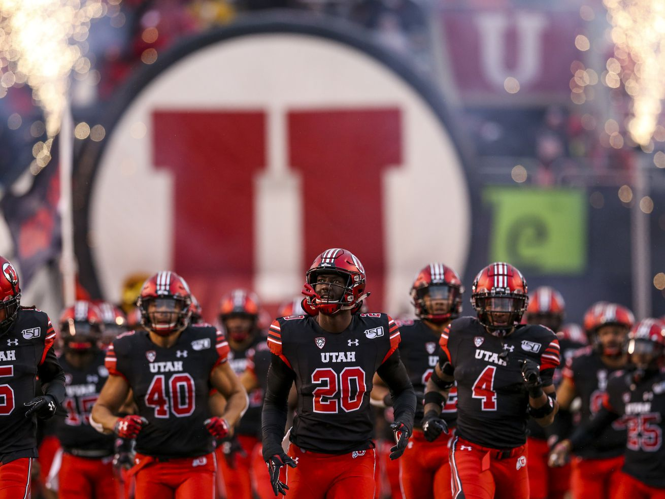 Reports: Pac-12 will play football this fall, with start in November