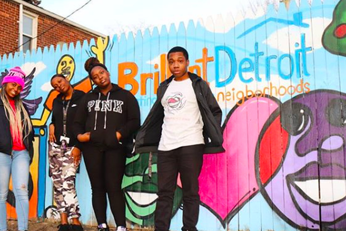 Earneasha Byars (left), Brianna Donald (center left), Mercedes Lucious (center right) and Silyce Lee (right), some of the members of Detroit Heals Detroit, a student group that helps young people combat trauma. Photo taken last year. PHOTO CREDIT: Kobi Sparks/Detroit Heals Detroit