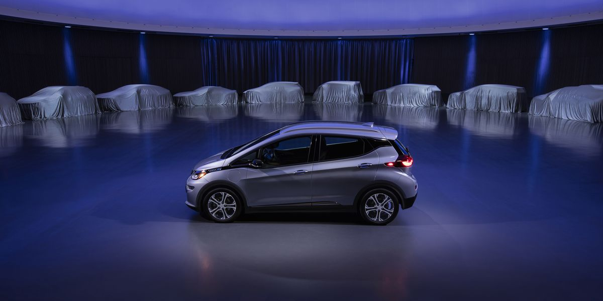 GM unveils a new electric vehicle platform and battery in bid to take on Tesla