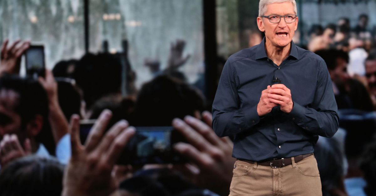 Tim Cook warns of 'data-industrial complex' in call for comprehensive US privacy laws