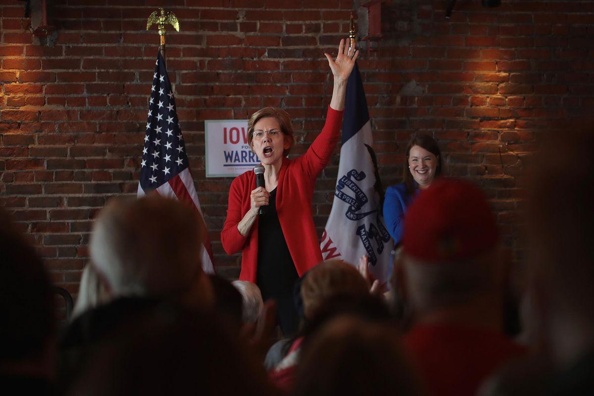 Democratic Presidential Candidate Elizabeth Warren onstage at an Iowa caucus event.