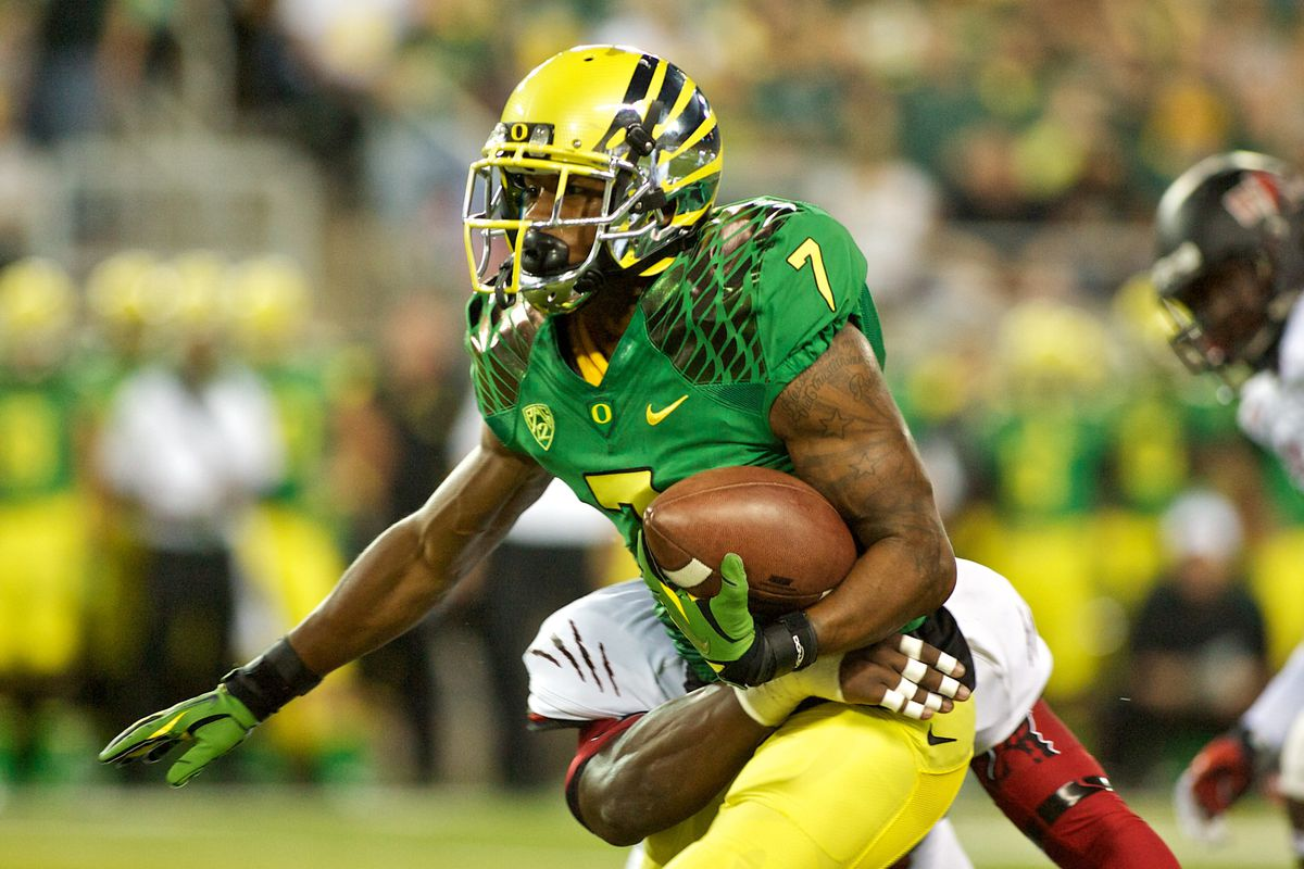 EUGENE, OR - SEPTEMBER 1:  Expect to see Keanon Lowe get multiple bubble screens Saturday night..  (Photo by Craig Mitchelldyer/Getty Images)