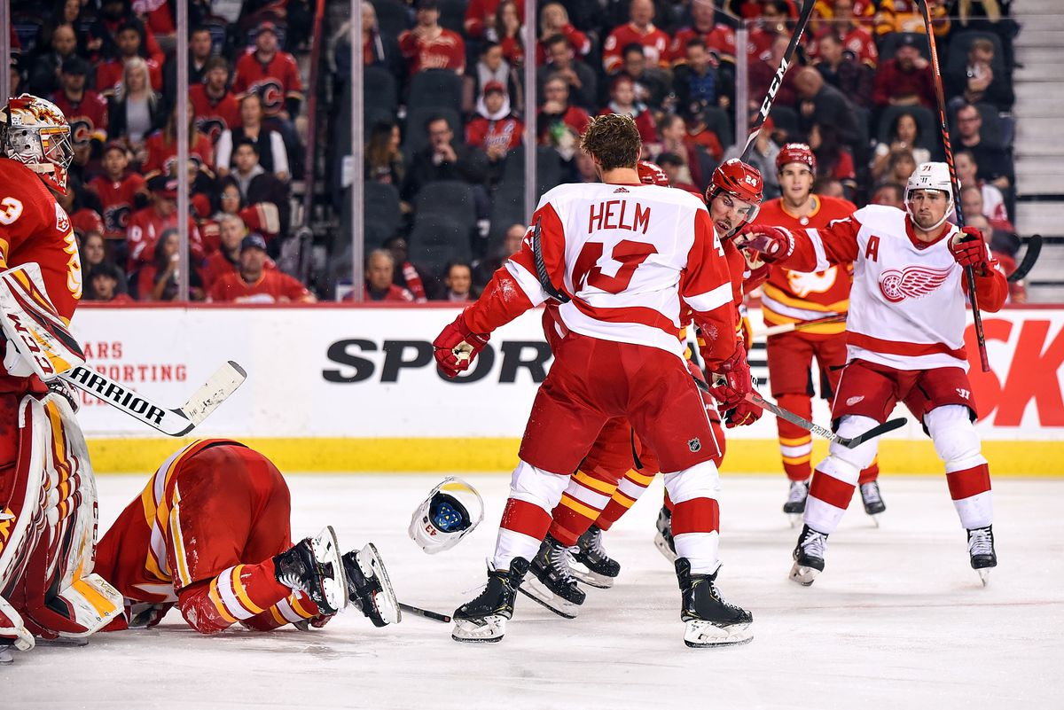 NHL: OCT 17 Red Wings at Flames
