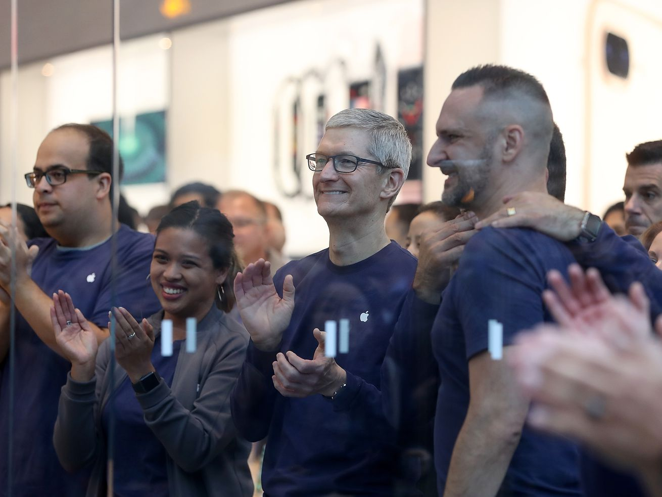 It's official: Apple is the first U.S. public company to reach a $1 trillion market value