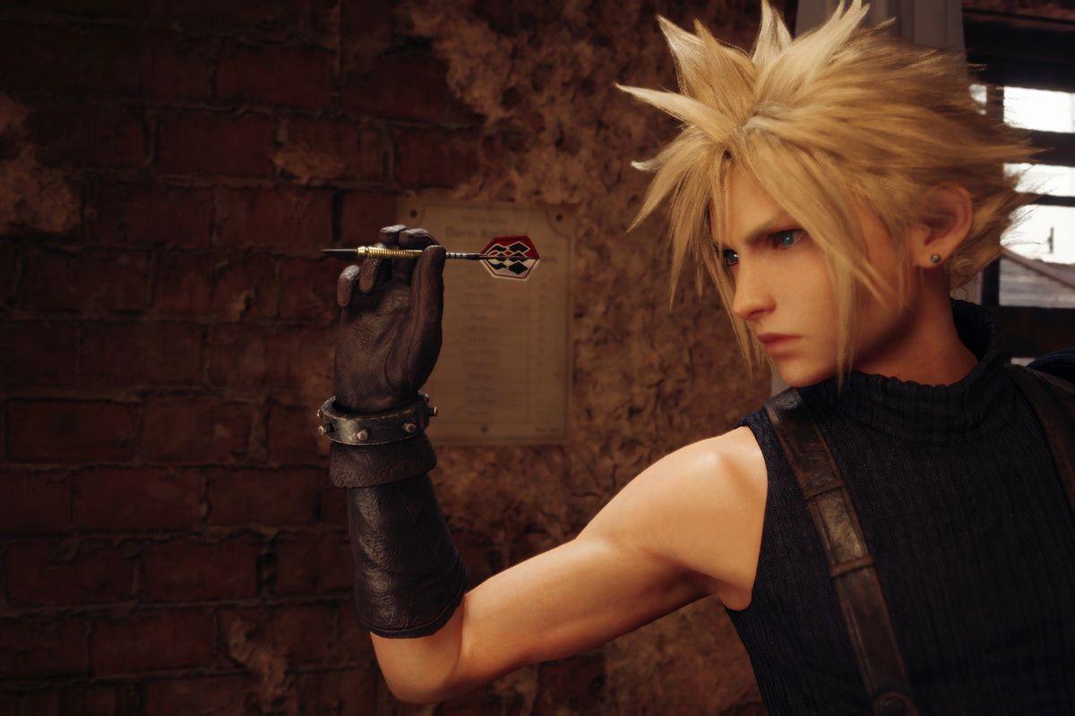 Cloud Strife aims a dart in a screenshot from Final Fantasy 7 Remake