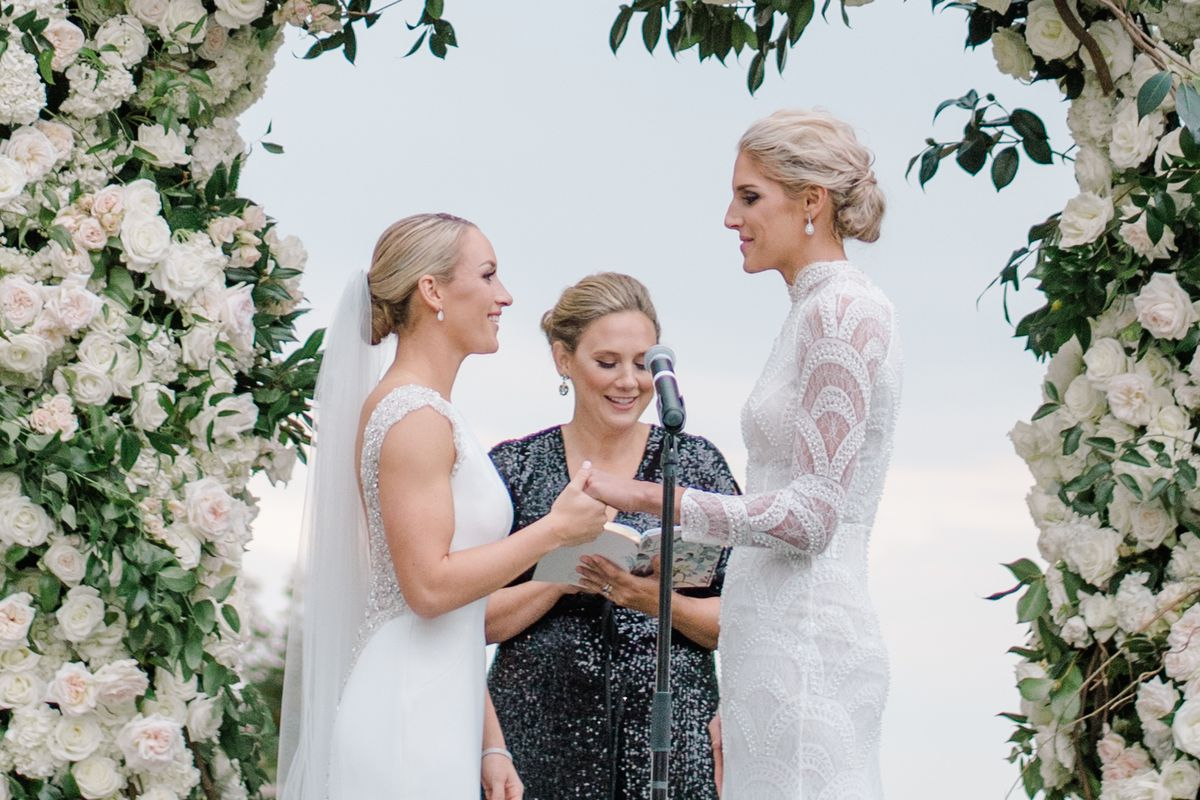 Elena Delle Donne married her girlfriend, and it was absolutely ...