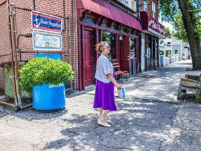 Seniors want walkability, too, survey says