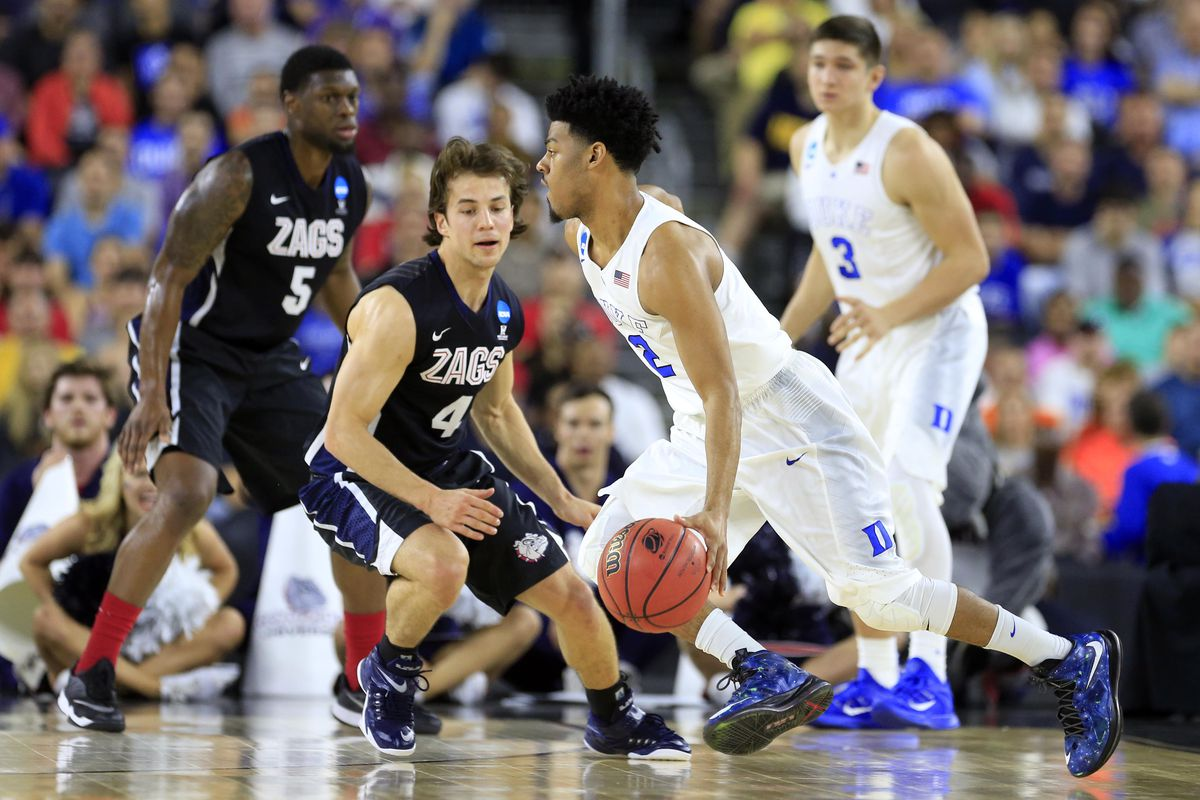 Gonzaga's Gary Bell, left, and Kevin Pangos have played their last game for the Bulldogs.