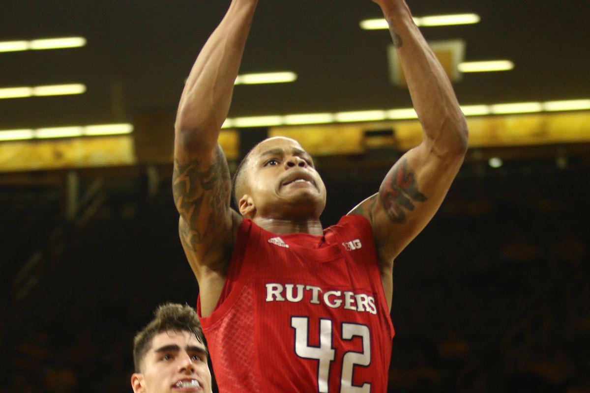 Rutgers v Iowa