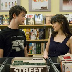 """This publicity film still released by Fox Searchlight shows Joseph Gordon-Levitt, left, and Zooey Deschanel in a scene from """"500 Days of Summer."""""""