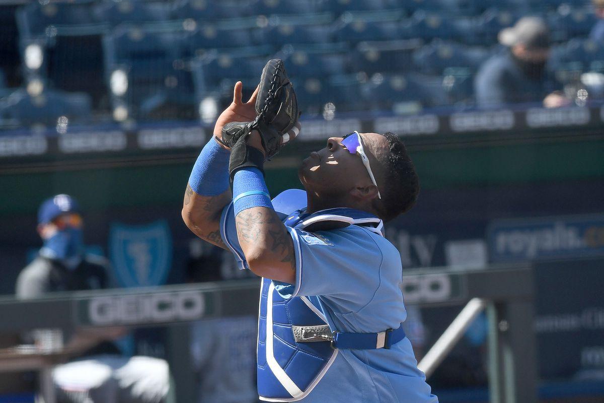 MLB: APR 04 Rangers at Royals