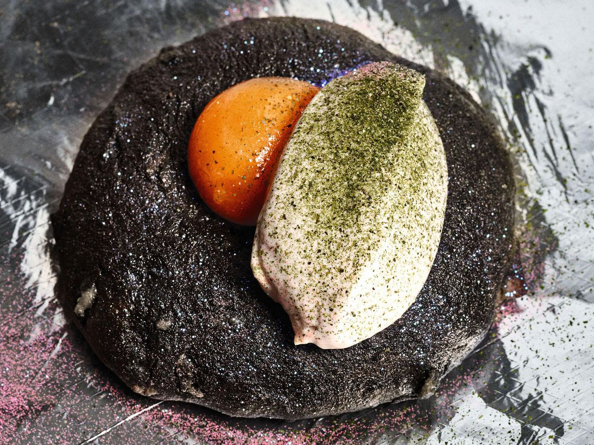 London's iconic dishes include the Black Axe Mangal squid ink flatbread