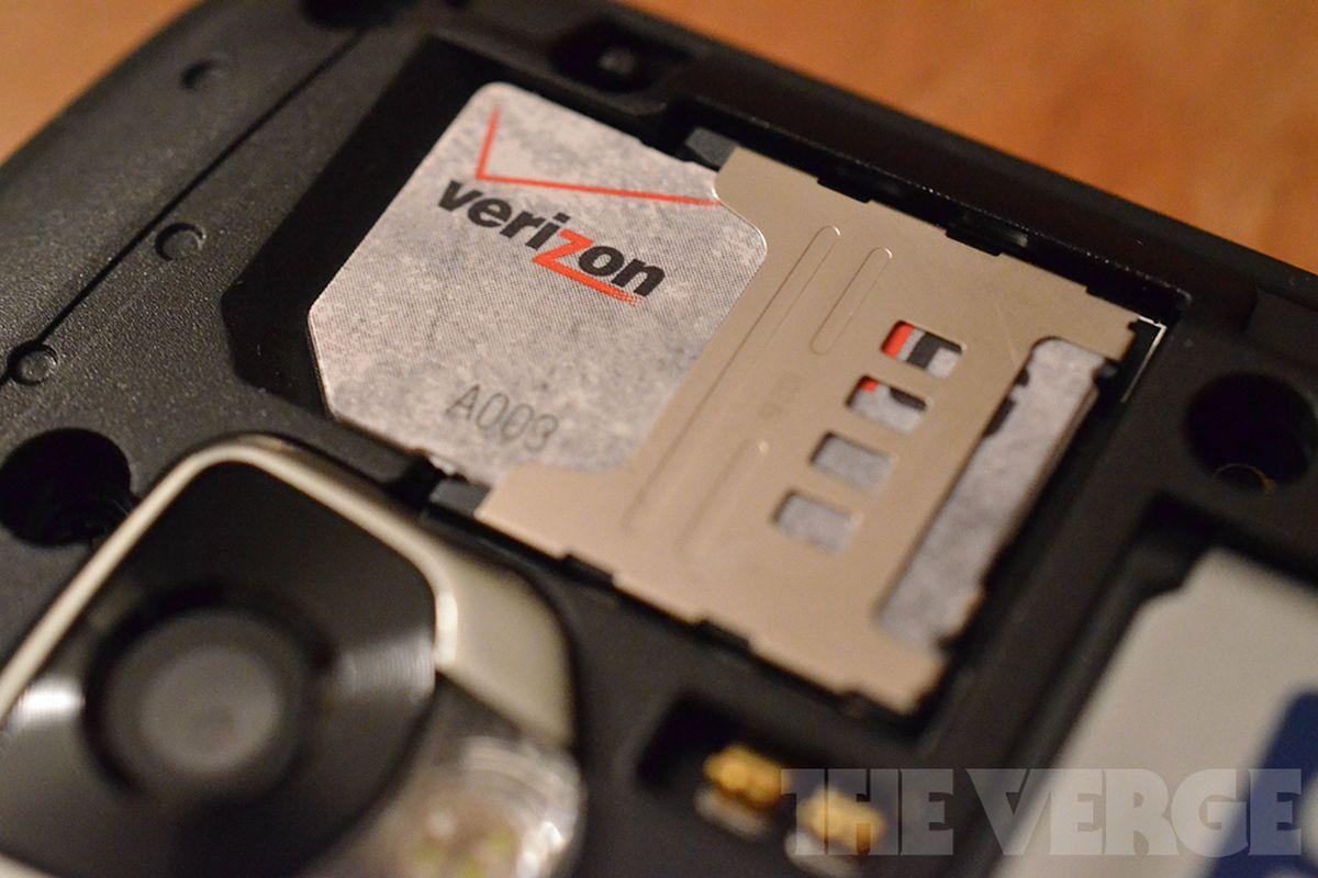 Verizon 4G LTE sim card (1020)