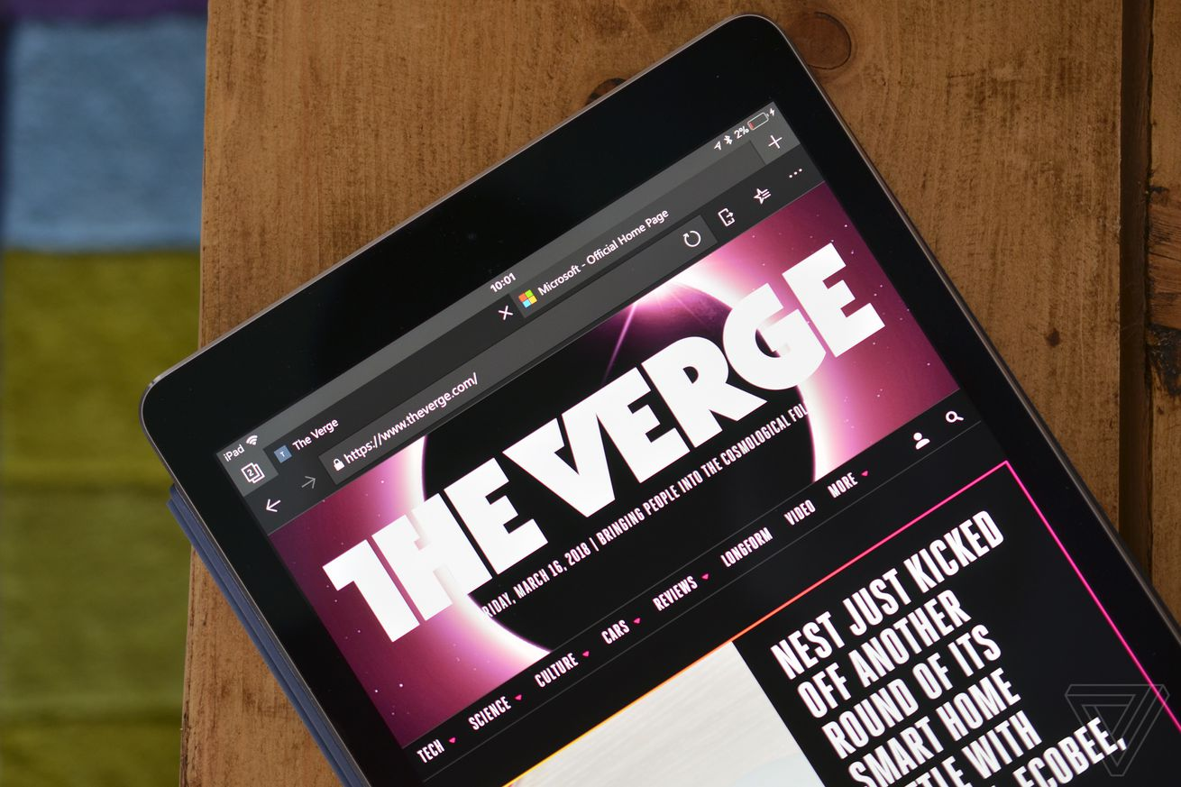 microsoft s edge browser arrives on ipad in beta