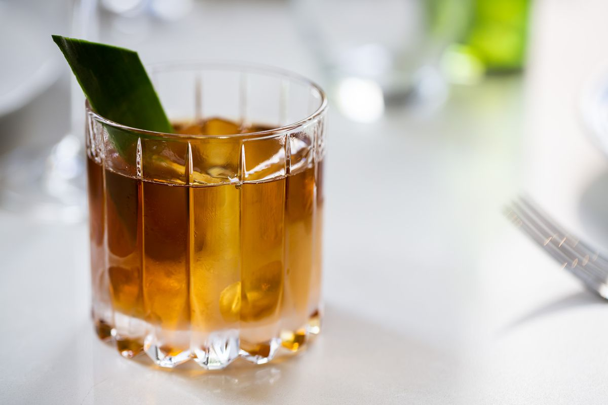 Silk Curtain with aged rhum, pineapple, aromatized wine, and bitters