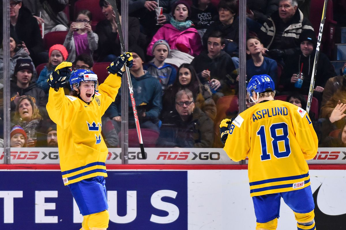 Jonathan Dahlen #27 of Team Sweden celebrates his third goal of the match during the 2017 IIHF World Junior Championship preliminary round game against Team Czech Republic at the Bell Centre on December 31, 2016 in Montreal, Quebec, Canada. Team Sweden defeated Team Czech Republic 5-2.