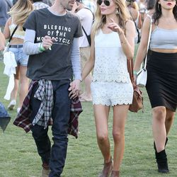 Kate Bosworth in a scalloped-edged top and shorts combo by Topshop.