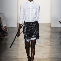 Black and white at Peter Som. Photo: IMaxTree.