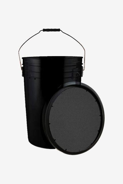 Black bucket with lid.