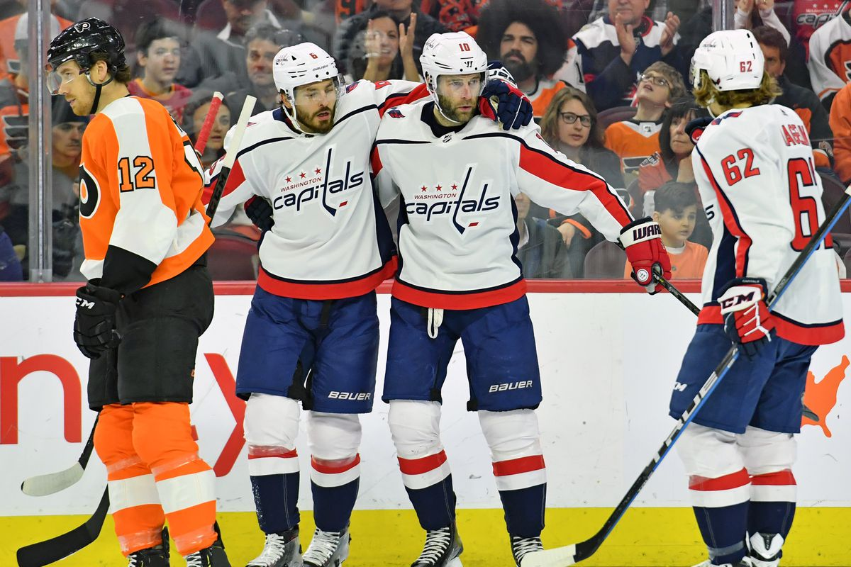 c29ac6cfab5 Capitals   Flyers Recap  Connolly s Two Goals Power the Capitals Past the  Flyers