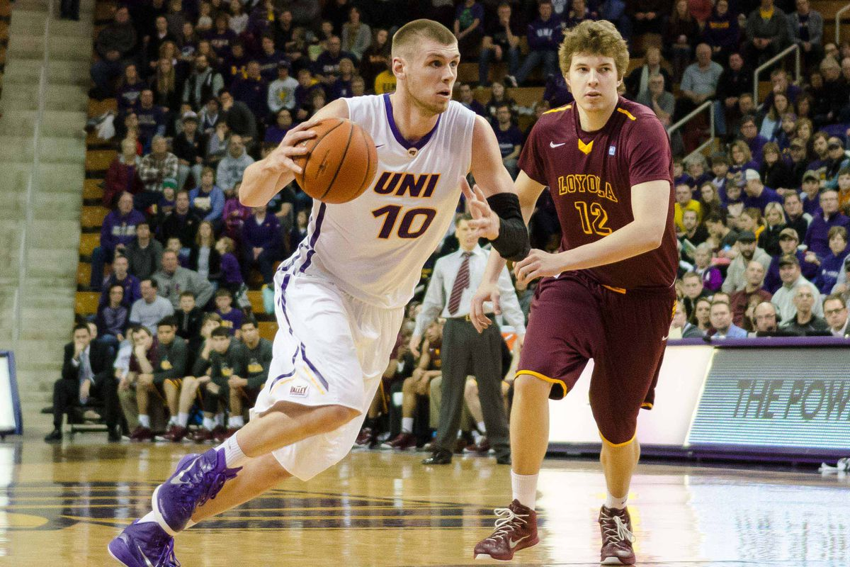 I found an excuse to use a picture of UNI's Seth Tuttle.