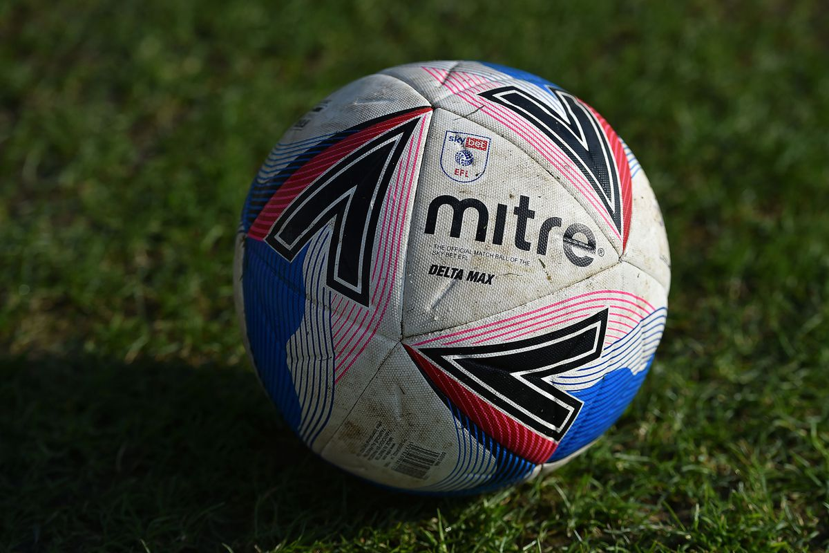 Oldham Athletic v Southend United - Sky Bet League Two