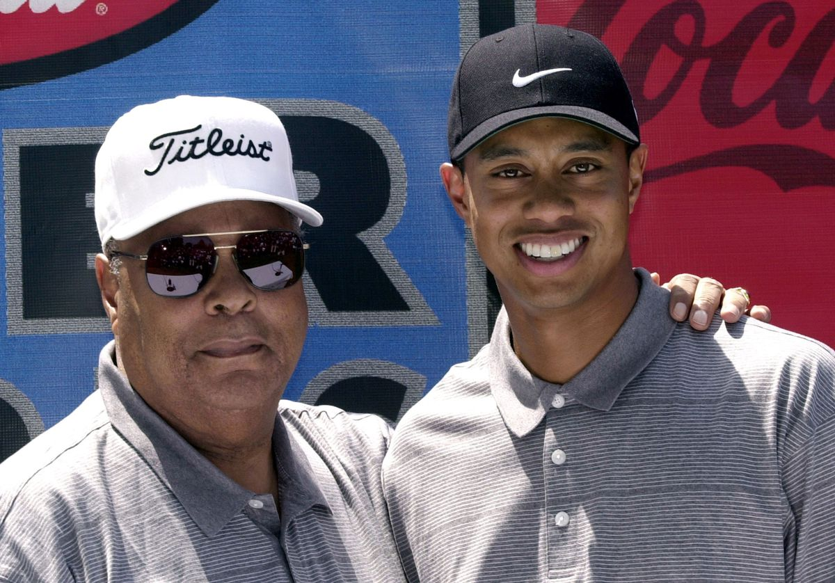 Tiger Woods with his father, Earl (GettyImages)