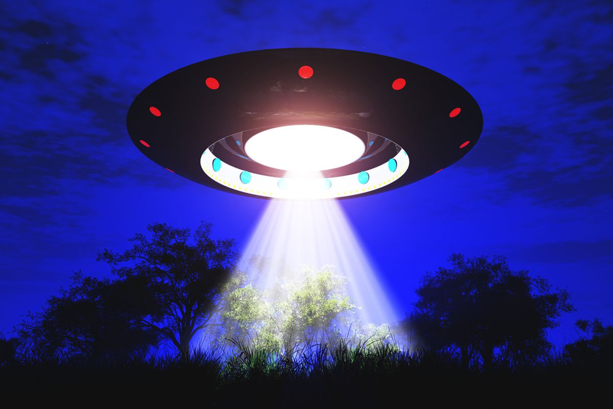 SHUTTERSTOCK UFO
