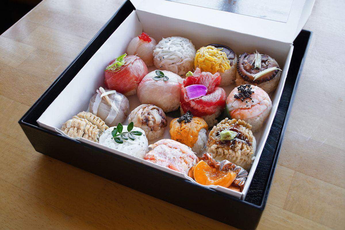Temari sushi from Matsuoka