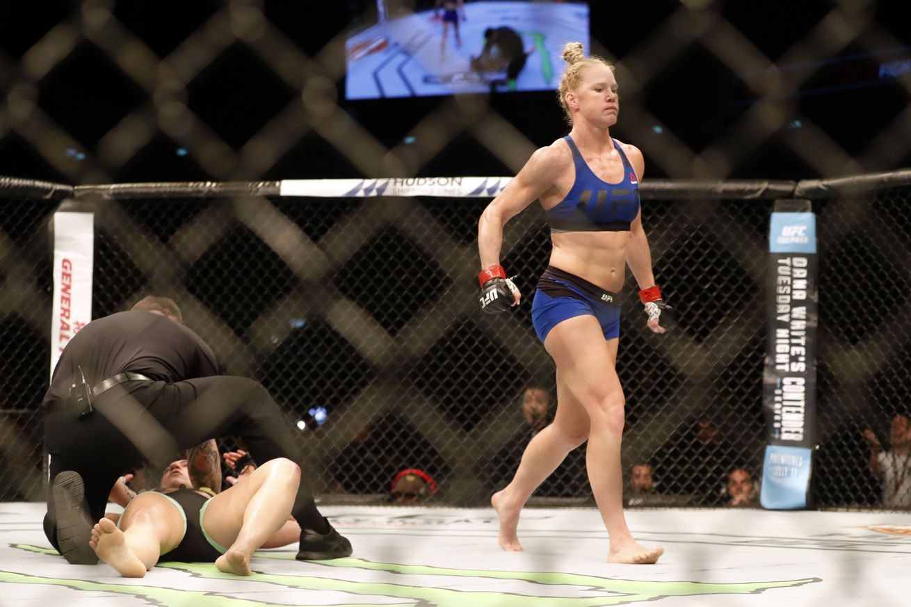 Bethe Correia thinks Holly Holm fight was 'stopped a little early,' demands Raquel Pennington rematch