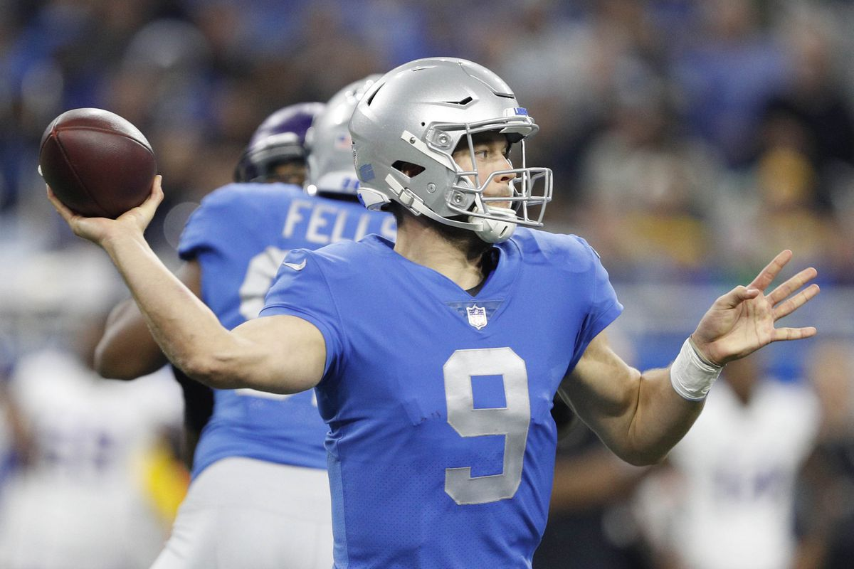 Vikings vs Lions Matthew Stafford limps off with lower leg