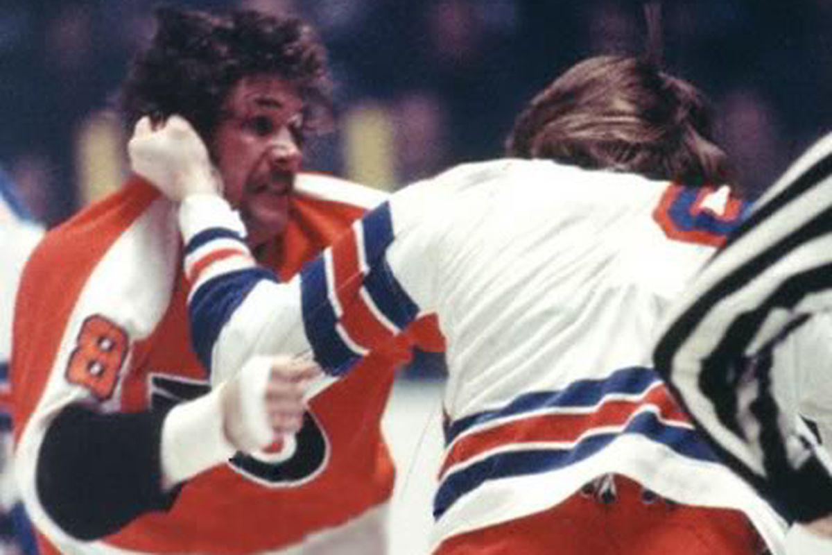 """via <a href=""""http://i589.photobucket.com/albums/ss332/baldhedjer/Bad%20Boys%20of%20Hockey/DaveSchultz.jpg"""">i589.photobucket.com</a>"""